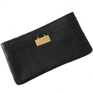 • kate spade • classic ♠️ black leather clutch